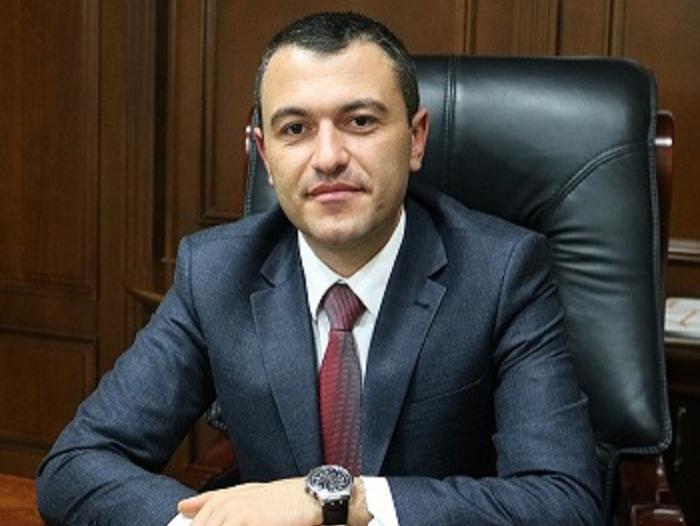 Կադաստրի կոմիտեի ղեկավար Սուրեն Թովմասյանի շնորհավորական ուղերձը Բանակի օրվա առթիվ