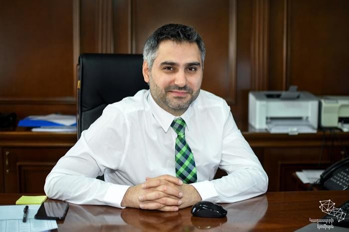 ՀՀ կառավարությունը չզեկուցվող հարցերի փաթեթով ընդունեց նաև Սարհատ Պետրոսյանի հրաժարականը
